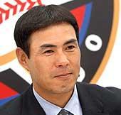 年俸更改後、笑顔の田中幸雄内野手